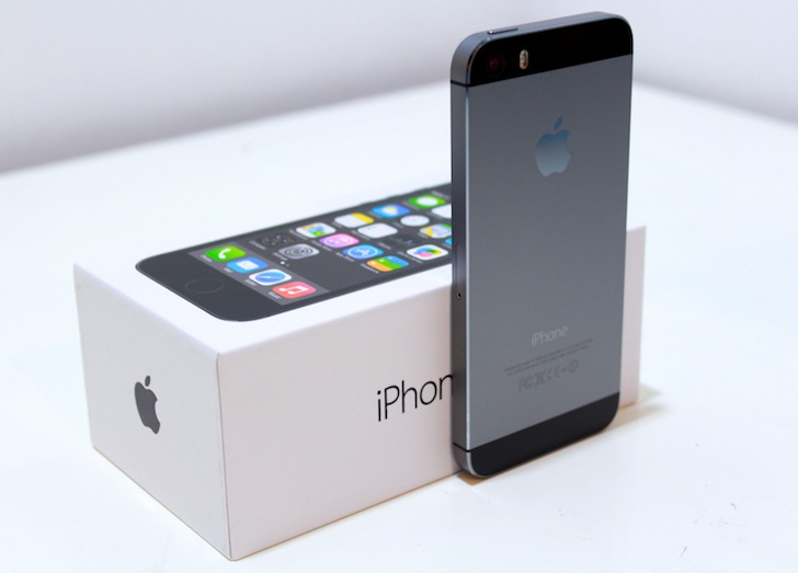 apple iphone 5s space grey. apple iphone 5s 16gb - cricket wireless smartphone in space gray iphone grey